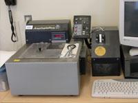 HSRC equipment  Instron Model 5525 AsphaltPro Direct Tension Testing System