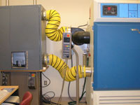 HSRC equipment MTS with Environmental Chamber.jpg