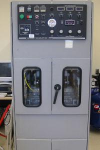 HSRC equipment Pavement Technology Inc. Asphalt Pavement Analyzer (APA)