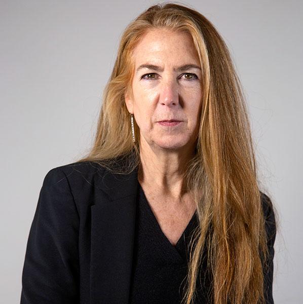 Janet Fairbairn headshot