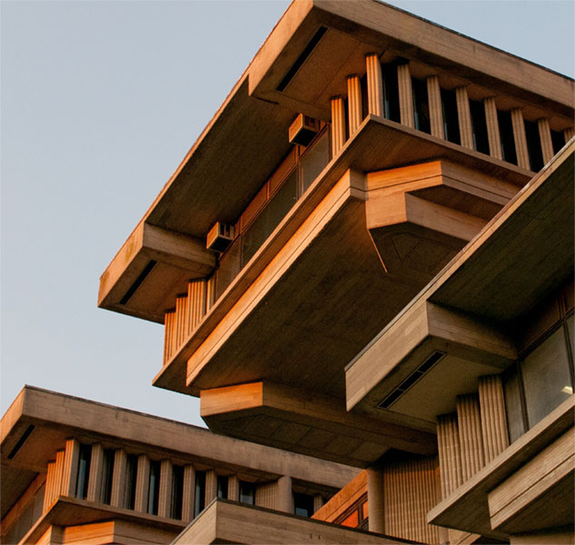 Photo of Paul Rudolph building at UMass Dartmouth