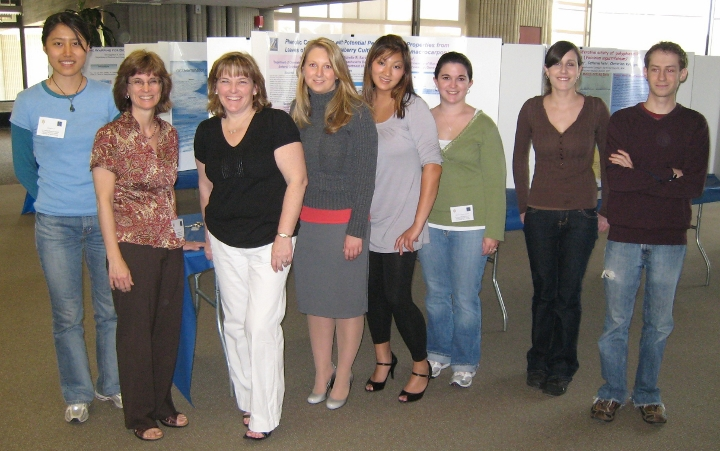 Dr. Neto and her research group at Sigma Xi exhibit, 2008