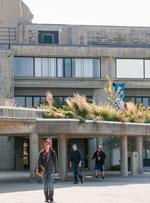 UMass Dartmouth Foster Administration Building